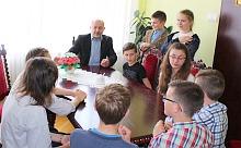 Młodzi Ambasadorowie z Wizytą u Wójta Gminy Lanckorona