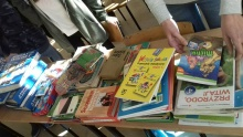 zbiórka książek dla uczniów z Ukrainy w szkole w Lanckoronie