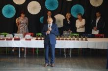 nagrody, stypendia i listy gratulacyjne od wójta dla najzdolniejszych uczniów w gminie