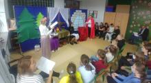 """Narodowe czytanie """"Balladyny"""" przez  szkolne Koło Teatralne w Izdebniku"""