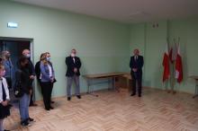 uczniowie z Jastrzębi rozpoczęli rok szkolny w nowej szkole